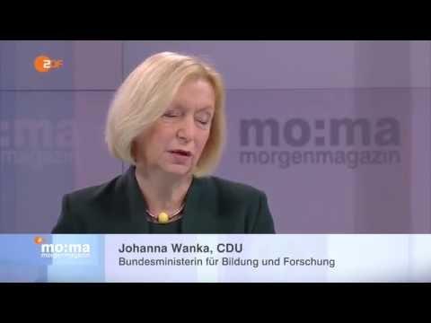 """Bundesministerin Johanna Wanka im ZDF - """"Deutschlands Schulen fit machen für die digitale Welt"""""""