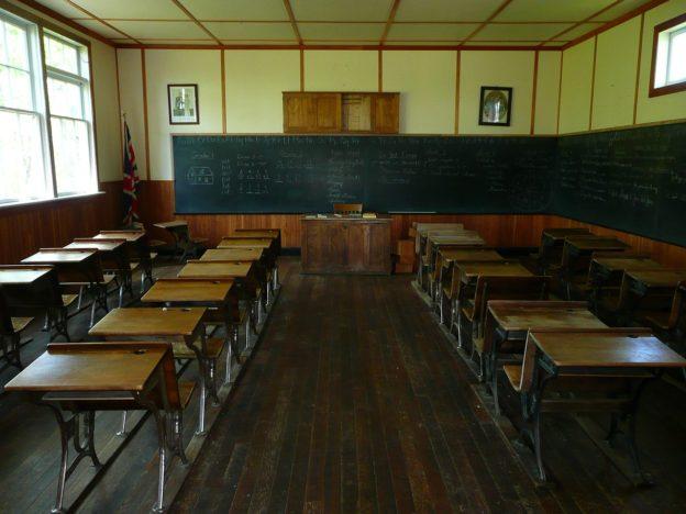 Klassenraum im Unterricht
